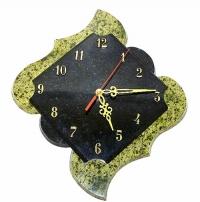 Часы настенные из камня