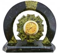 часы настольные оригинальные подкова