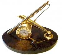 Сувенирные часы рыбак