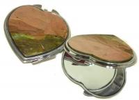 Зеркальце карманное из яшмы сердечко